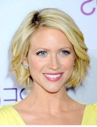 Chin Length Hairstyles 2012: Chin Length Hairstyles 2013 Within Graduated Bob Hairstyles With Face Framing Layers (View 10 of 25)
