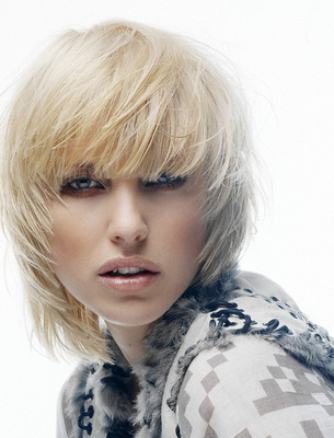 Choppy Bob Hairstyles In Chin Length Bangs And Face Framing Layers Hairstyles (View 20 of 25)