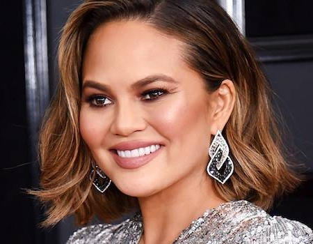 Chrissy Teigen'S Hairstylist On How To Get Sun Kissed Within Short Sun Kissed Hairstyles (View 2 of 25)