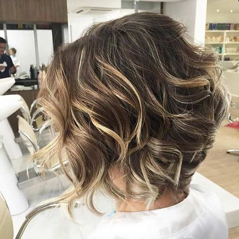 Featured Photo of Bronde Balayage For Short Layered Haircuts
