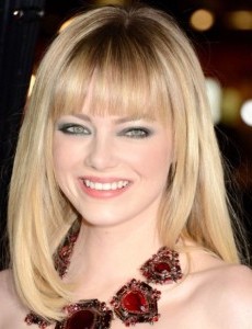 Emma Stone Straight Blonde Hairstyle With Face Framing Inside Textured Haircuts With A Fringe And Face Framing (View 5 of 25)