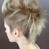 Felnyírt N?i Frizurák – Felnyírt N?i Frizura   Short Hair In Best And Newest Coral Mohawk Hairstyles With Undercut Design (View 3 of 25)
