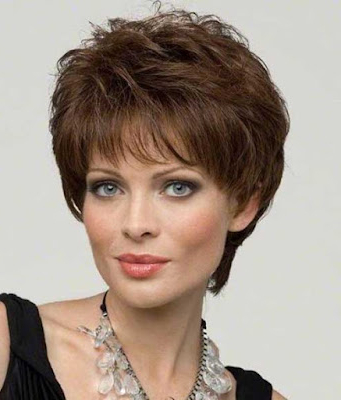 Internex Posed: Layered Hairstyles For Over 60 In Subtle Face Framing Layers Hairstyles (View 9 of 25)