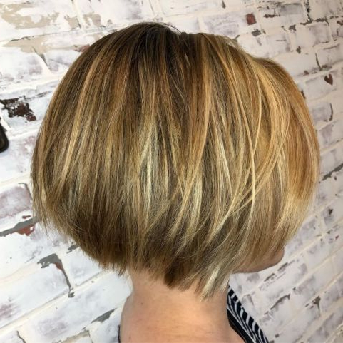 Layered Bob With Blonde Highlights In 2020 | Thick Hair Intended For Bronde Balayage For Short Layered Haircuts (View 13 of 25)