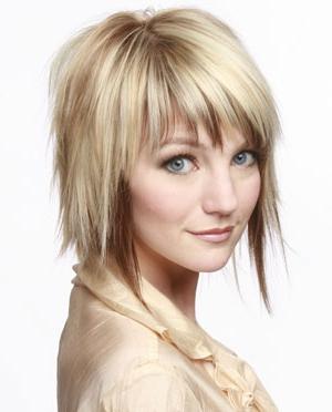 Medium Choppy Layered Hairstyles Pertaining To Choppy Layers Hairstyles With Face Framing (View 7 of 25)