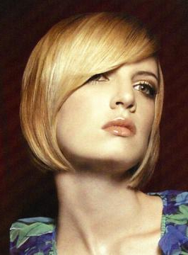 Short, Chin Length Hairstyles | Hairstylescut Pertaining To Chin Length Bangs And Face Framing Layers Hairstyles (View 14 of 25)