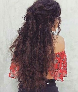 Beautiful Long Curly Hairstyles