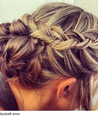 Cute Wedding Hairstyles For Bridesmaids