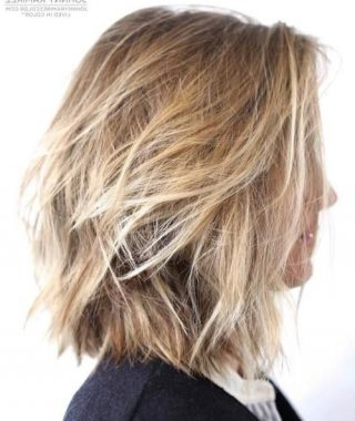 Shaggy Chin-Length Blonde Bob Hairstyles