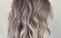 Ash Blonde Lob With Subtle Waves