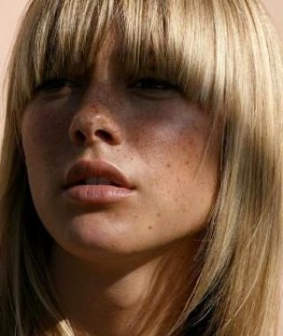 Textured Haircuts With A Fringe And Face Framing