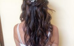 Classic Twists And Waves Bridal Hairstyles