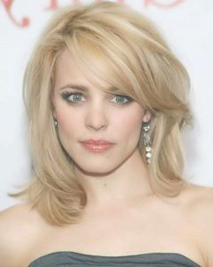 Medium Hairstyles That Make You Look Younger