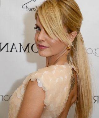 Glamorous Pony Hairstyles With Side Bangs