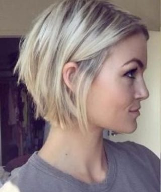Textured And Layered Graduated Bob Hairstyles