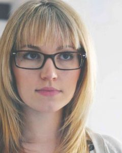 Medium Hairstyles For Women With Glasses