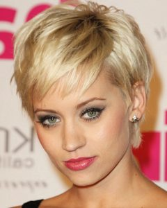 Short Hairstyles For Petite Faces