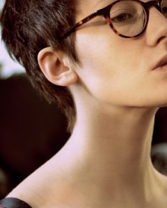 Short Haircuts For Glasses Wearer