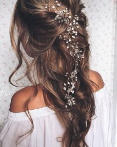 Sophisticated Pulled Back Cascade Bridal Hairstyles