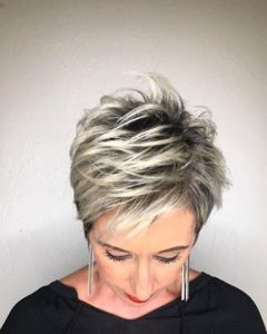 Pixie Bob Hairstyles With Blonde Babylights